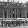 Cerimonia di insediamento di Paolo VI a San Pietro