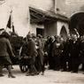 Aquileia. La salma prescelta del Milite Ignoto viene fissata su di un affusto di cannone e accompagnata alla stazione, 4 novembre 1921, Museo Centrale del Risorgimento di Roma