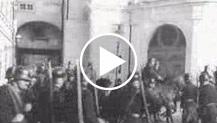 Austria. Vienna. Dopo l'assassinio del Cancelliere Dollfuss. Manifestazioni dinanzi al palazzo della direzione della polizia. Il trasporto della salma...