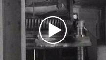 Italia. Murano.A Murano le industrie del vetro realizzano tubi e canne di cristallo indispensabili per le lampade elettriche e le valvole radio per so...