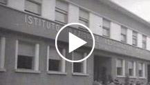 Per i lavoratori: poliambulatorio e case a Torino. Gronchi inaugura il nuovo poliambulatorio INAL; Fanfani in visita ai cantieri dell'INA; le case son...