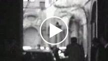 Dopo il rapimento Moro e la strage di via Fani, un inconsueto e triste 25 aprile. Pellegrinaggi di cittadini a Via Fani e presso l'abitazione dello st...