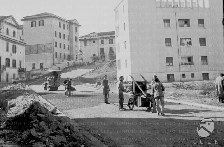 Roma circo di massenzio fontana del peschiera mausoleo - Cinema porta di roma prenotazione ...