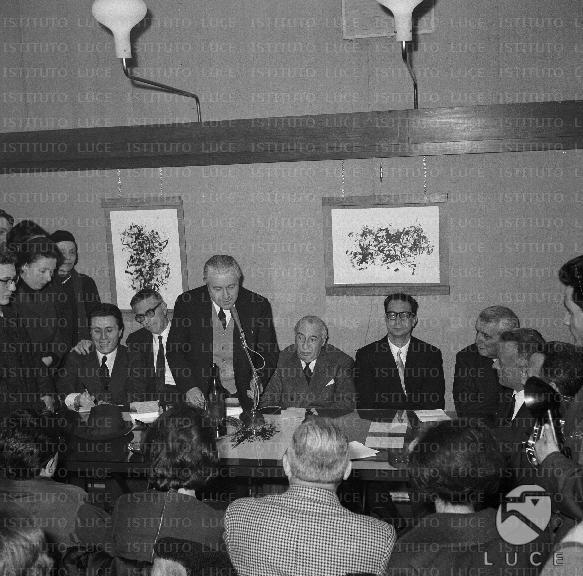 Soldati calvino bellonci giulio einaudi e bassani for Elenco senatori italiani