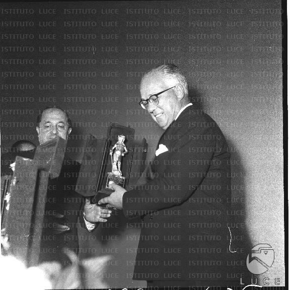Del premio david di donatello al cinema fiamma di roma