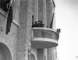 Alcuni gerarchi del PNF sul balcone del Palazzo de ...