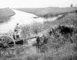 Passaggio del canale Selcella con carro trainato d ...